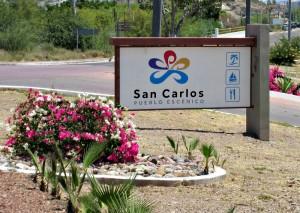 Pueblo Escenico Signage